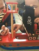 jumini Wooden Toy Pirate Ship - with 2 Pirates and 3 Accessories - Jolly Roger flag additional 4