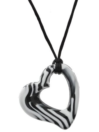 Gumigem Miller Hearts Teething Necklace - Black/White